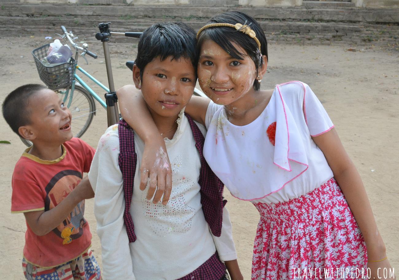 Povo de Myanmar: crianças e suas peripécias