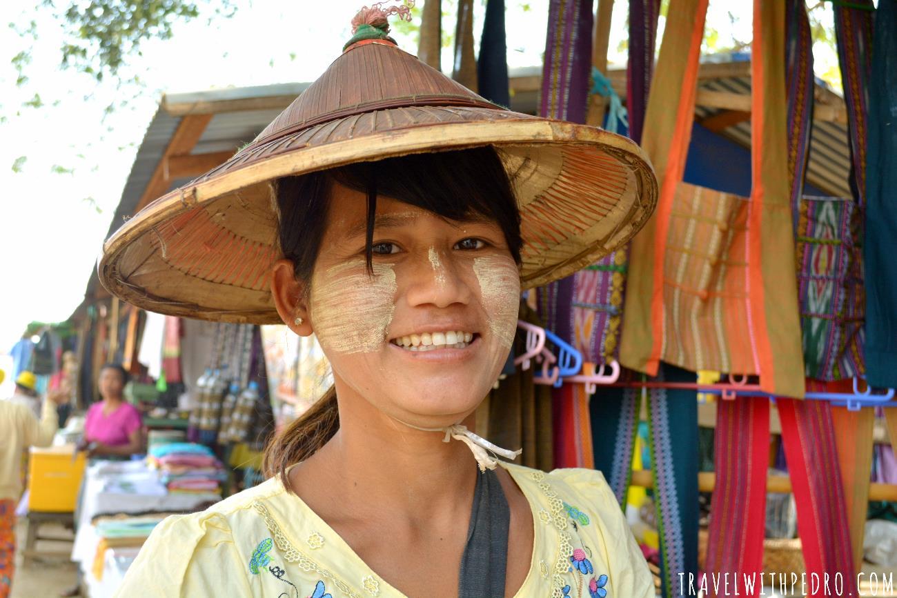Povo de Myanmar: Visita ao Templo de Mingun