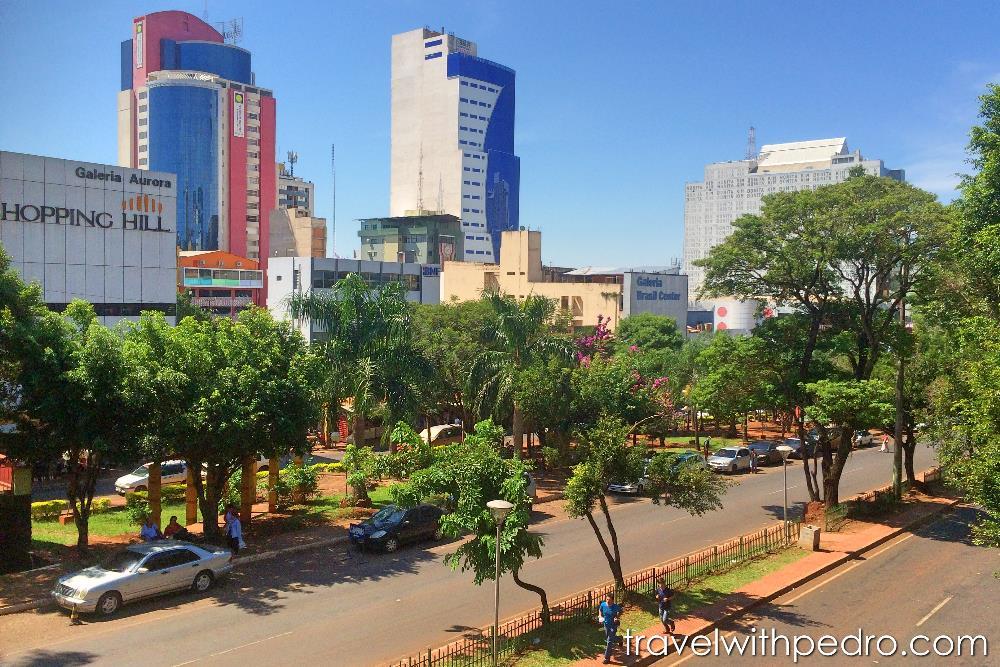 A avenida principal de Ciudad del Este, Paraguai