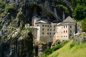 Como visitar o castelo de Predjama na Eslovênia