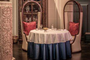 Jantar no Hotel Peninsula Paris
