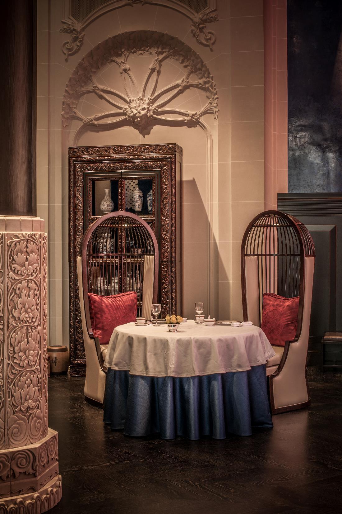 um jantar chin s no hotel peninsula paris travel with pedro. Black Bedroom Furniture Sets. Home Design Ideas