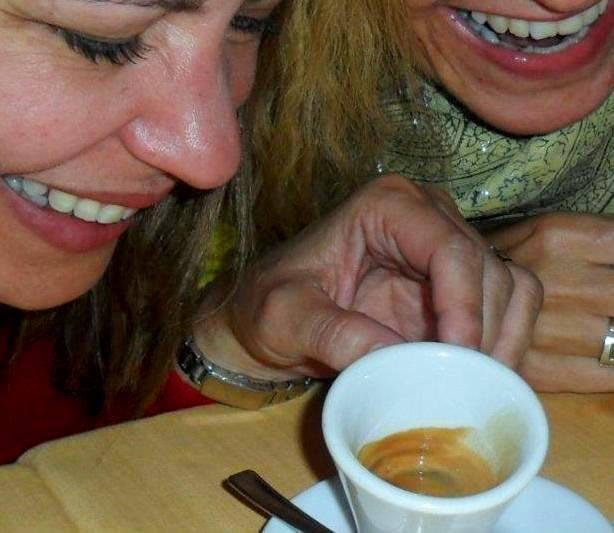 Cafés Charmosos Mundo Afora - Caffé Tazza D'Oro Roma